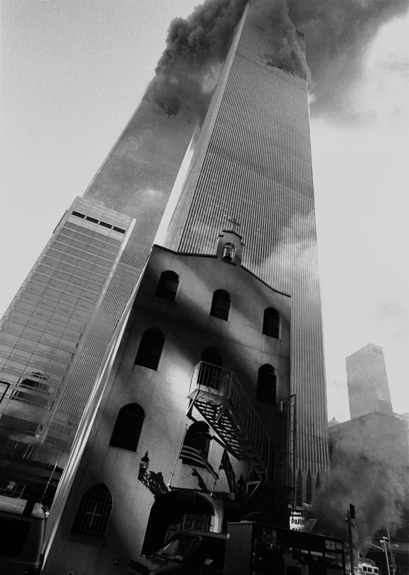 St. Nicholas Greek Orthodox Church and Towers, September 11, 2001, ©Eric O'Connell