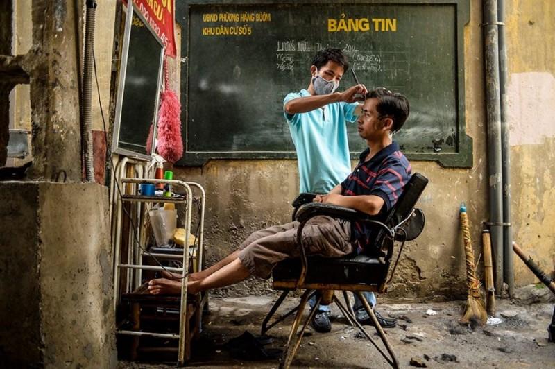Binh Duong- Street Barber